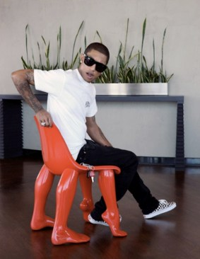 "La chaise ""Perspective"" de Pharrell Williams"