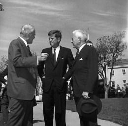 Allan Dulles et John Fitzgerald Kennedy