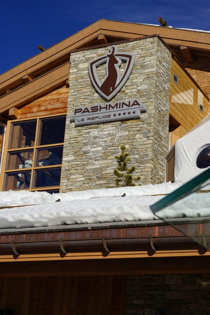 L'hôtel Le Pashmina, un refuge de luxe au bord des pistes