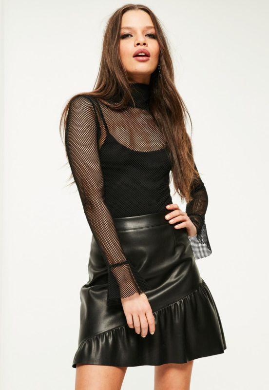 body-noir-en-rsille-avec-froufrous-collection-petite