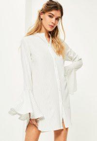 robe-chemise-blanche-raye-manches-vases