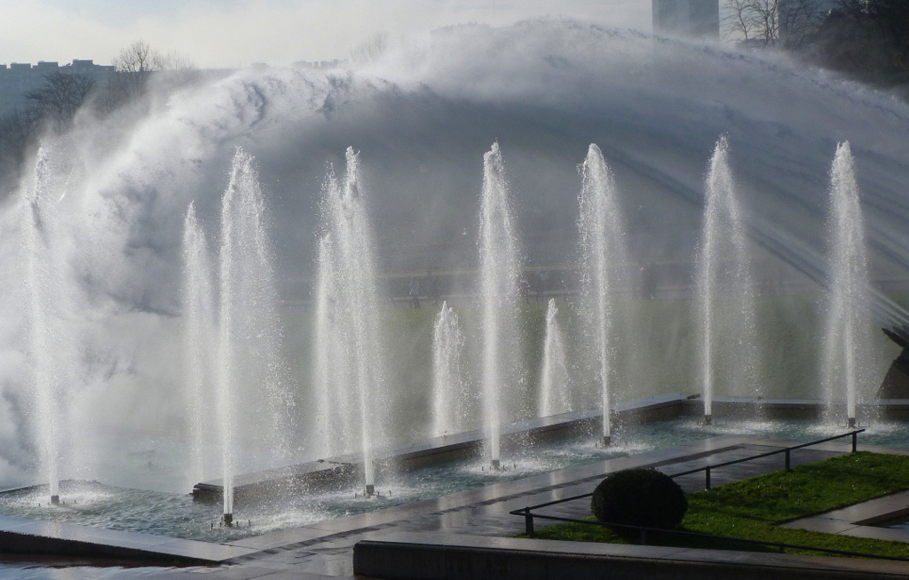 fontaine-velle-insolite-paris-monsieur-madame-varsovie