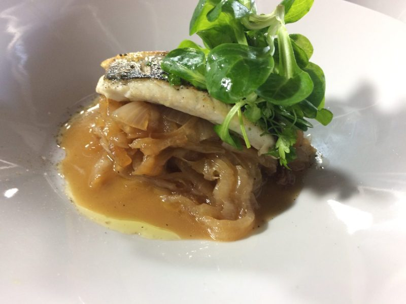 recette-chef-valentin-bar-oignons-epices-monsieur-madame