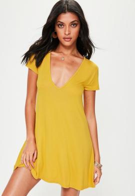 robe-vase-jaune-manches-courtes-dcollete