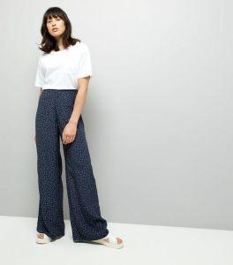 pantalon-large-bleu-marine-à-imprimé-pois