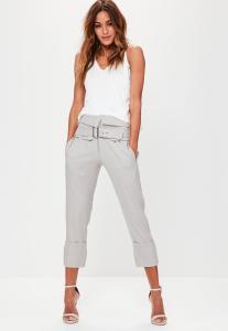 pantalon-cigarette-gris-court-ceinture--plis