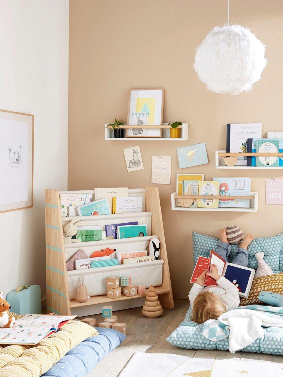 Ideas para crear un rincon de lectura Montessori infantil 12