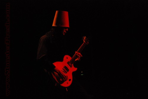 buckethead new years moore red light shadow