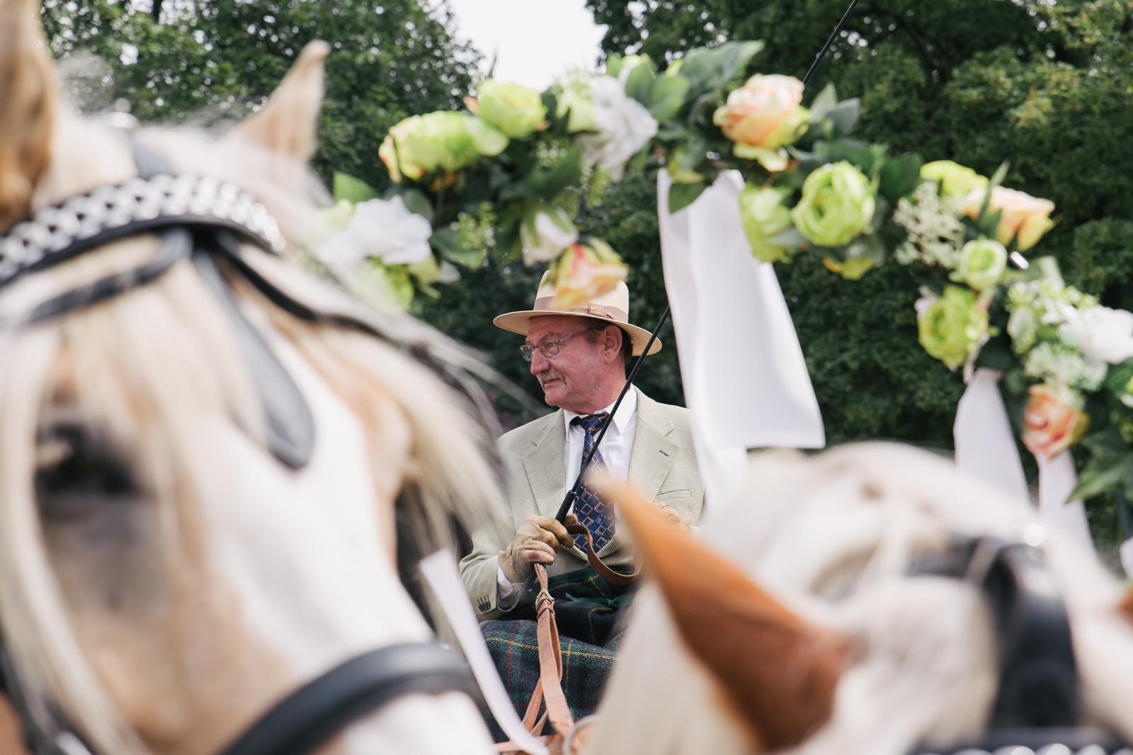Monstergraphie_Hochzeitsreportage_Bottrop07.jpg?fit=1600%2C1066