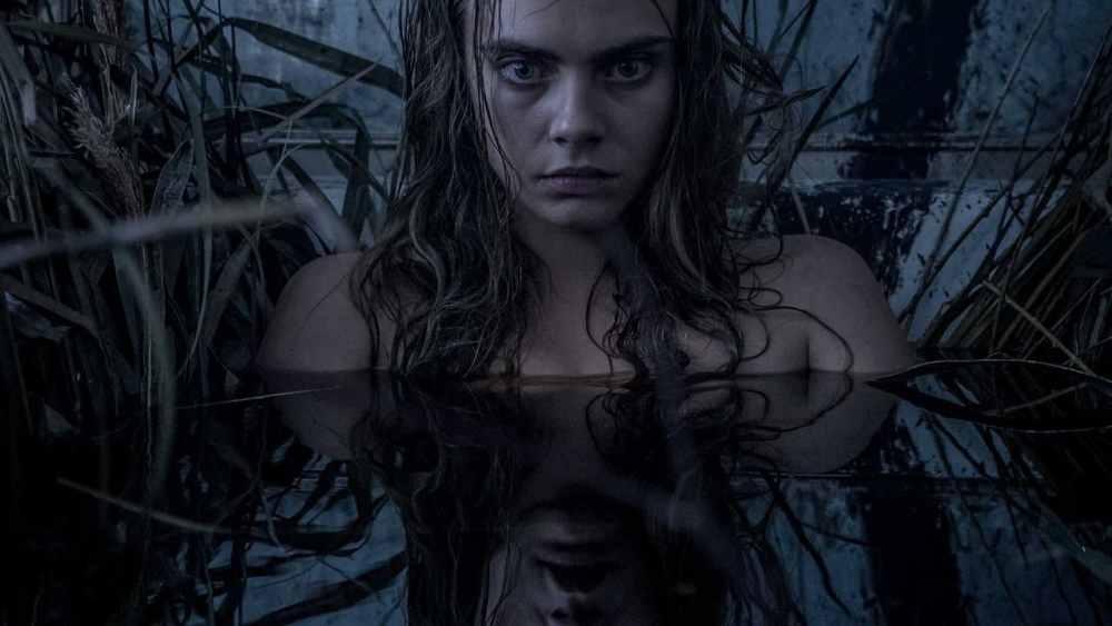 Cara Delevingne in acqua Suicide Squad