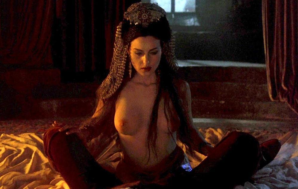 Monica Bellucci in Dracula di Bram Stoker