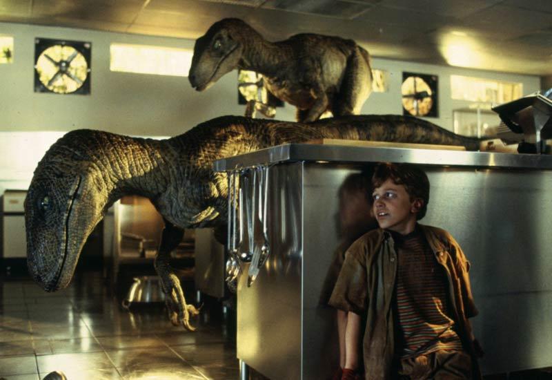 Velociraptor scena cucina Jurassic Park