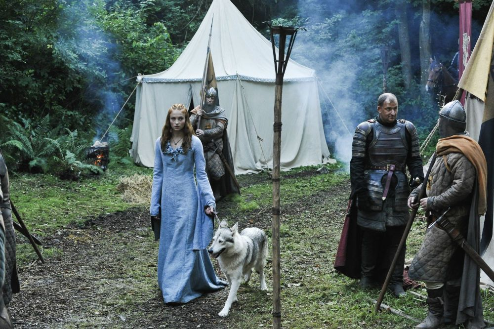Sansa_in_the_Camp