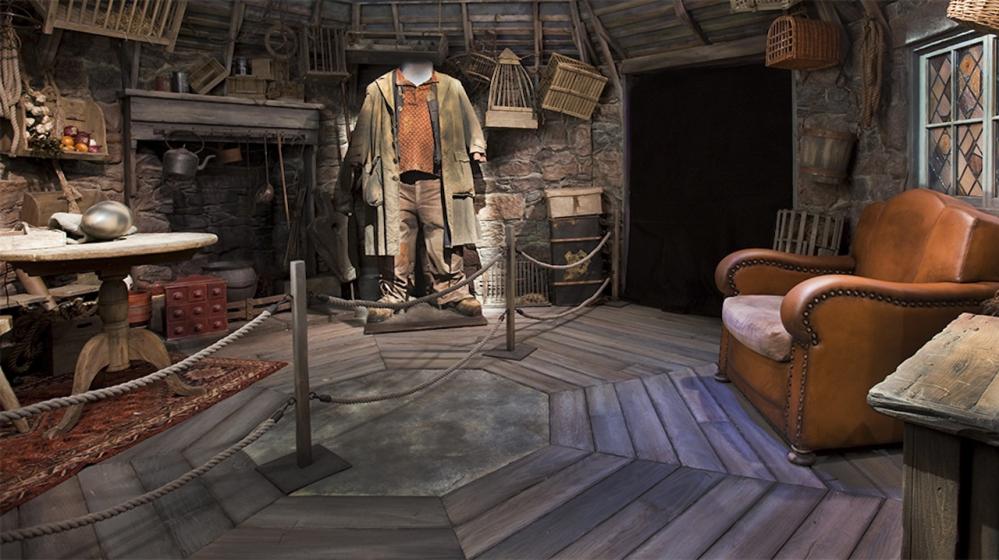 Harry-Potter-Exhibition-999x560.jpg