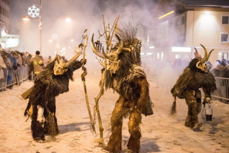 Sfilata Krampus folklore italia