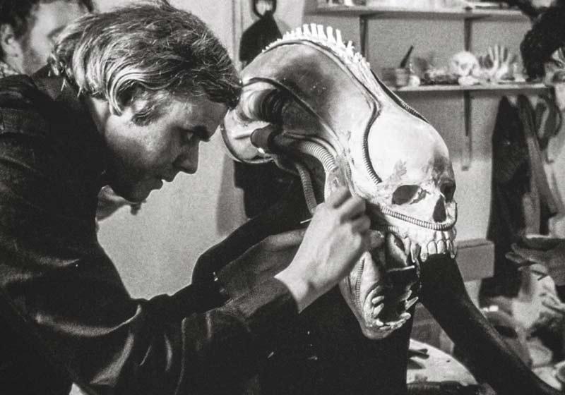 HR Giger lavora su Alien