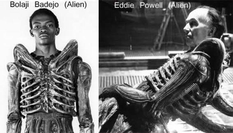 Bolaji Badejo e Eddie Powell sul set di Alien