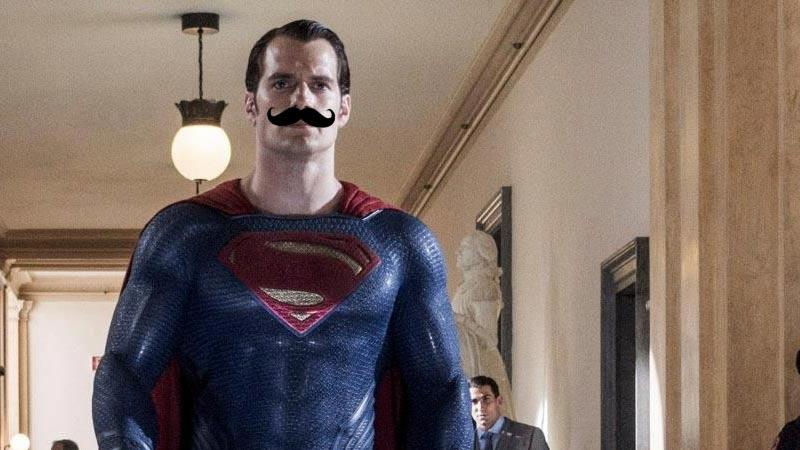 Justice League baffi di Superman