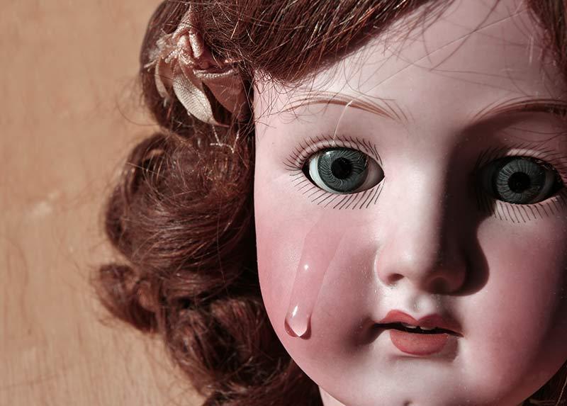 Bambola di porcellana primo piano