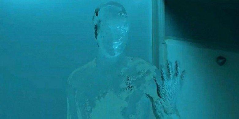 Uomo invisibile film blumhouse