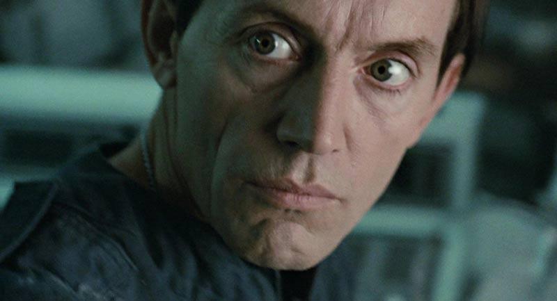 Bishop Lance Henriksen sintetico Aliens primo piano