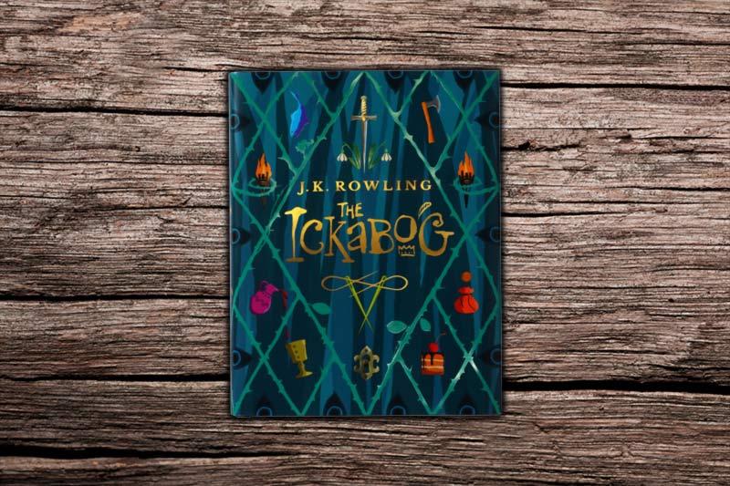 Ickabog JK Rowling libro su tavolo