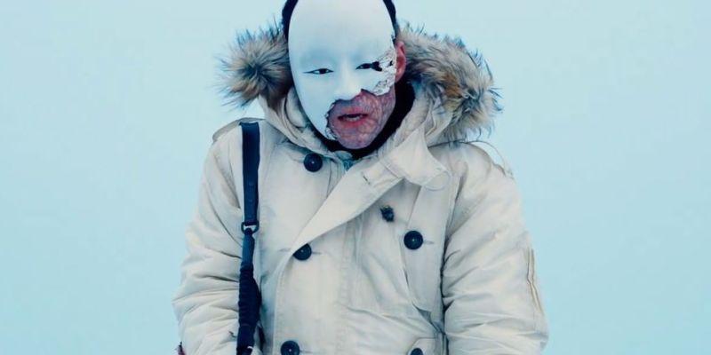 safin mascherato in no time to die