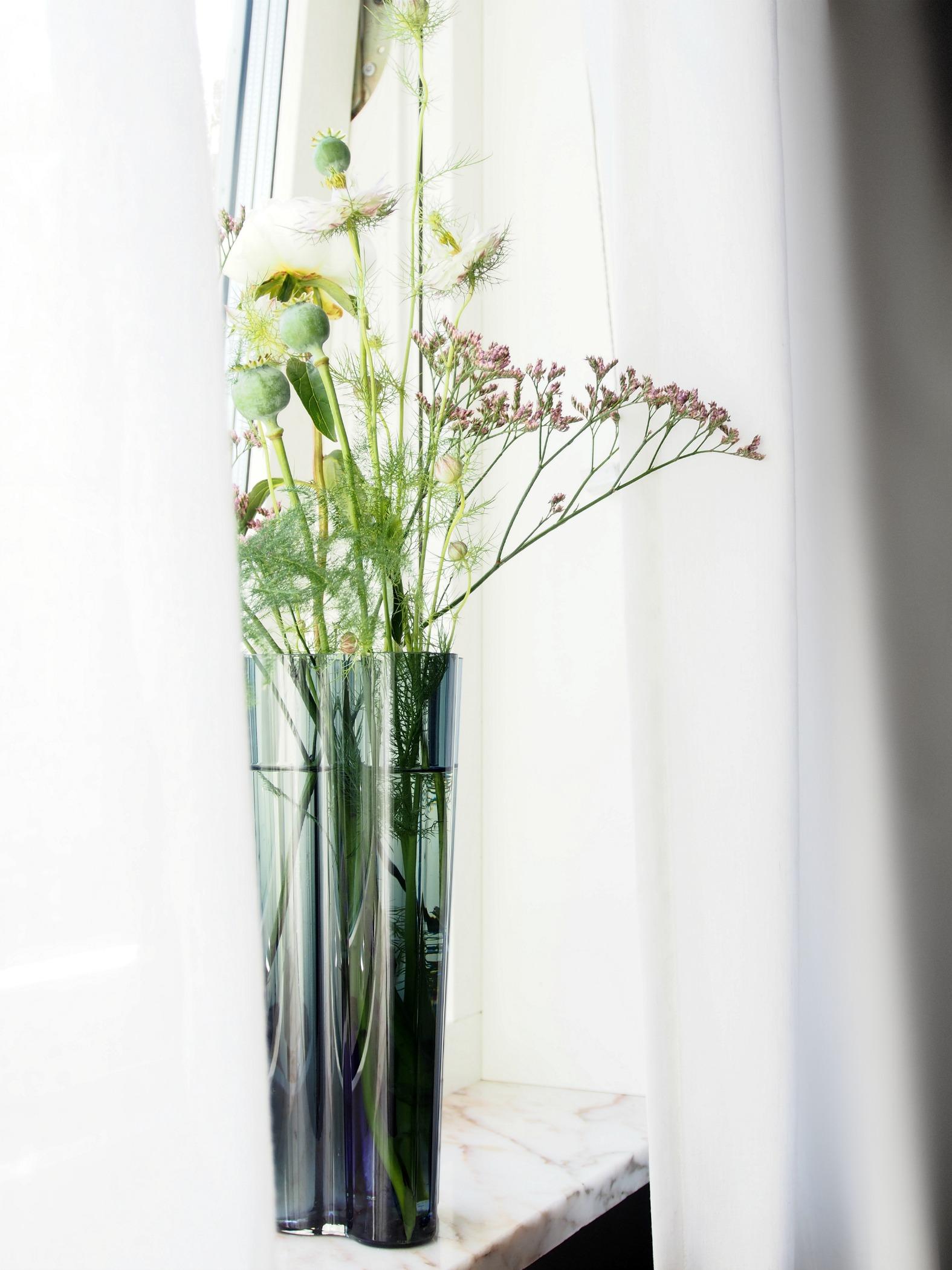 Diy Floral Arrangement Get The Florist S Pro Tips Monsterscircus
