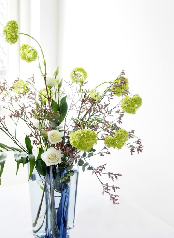 Diy floral arrangement get the florist s pro tips