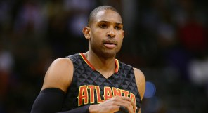 Jan 23, 2016; Phoenix, AZ, USA; Atlanta Hawks center Al Horford (15) runs up the court against the Phoenix Suns in the first half at Talking Stick Resort Arena. Mandatory Credit: Jennifer Stewart-USA TODAY Sports