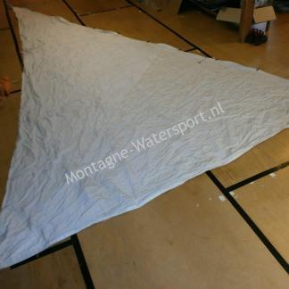 033 Zeil fok 6.65 x 6.35 x 3.90 m dacron