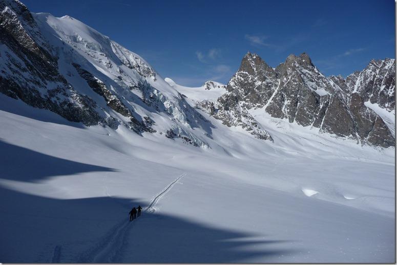 165 Sur le Haut Glacier d'Arolla