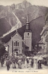Chamonix L'Eglise et le Brévent