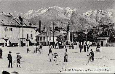 Sallanches La Place et le Mont-Blanc