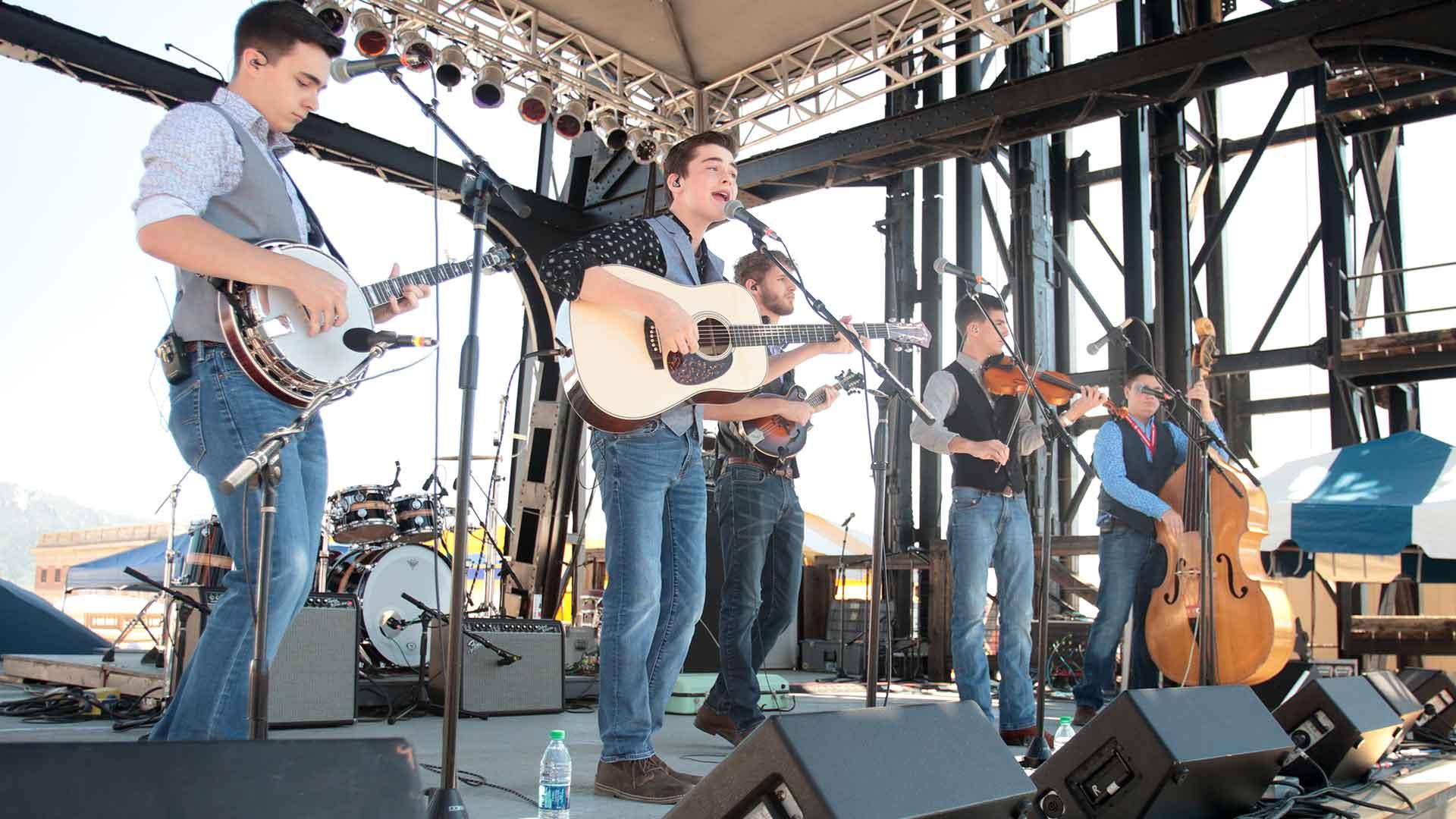 Lowell Folk Festival Schedule 2020.Montana Folk Festival A Free Outdoor Music Festival In