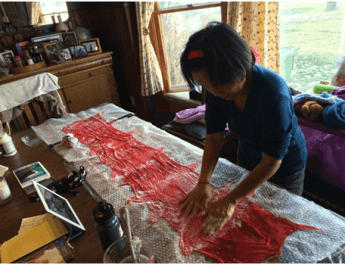 Making a silk scarf