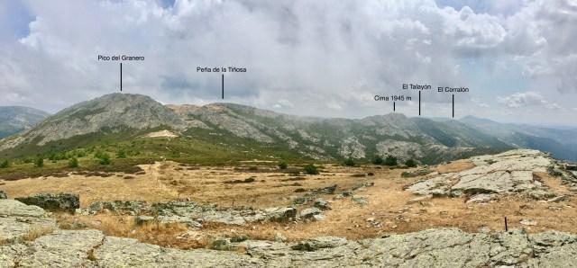 Vertiente occidental de la Cresta del Dragón vista desde Peña la Silla.