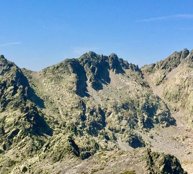 Cuchillar de las Navajas (2507 m).