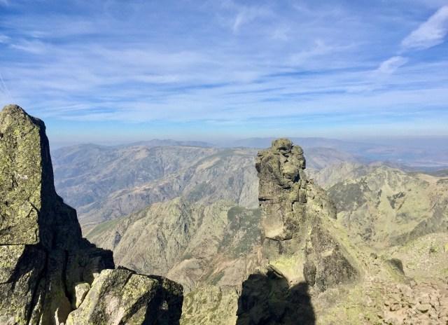 El Cuerno del Almanzor (2543 m).