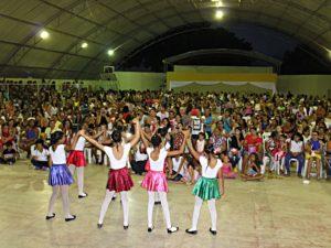 SECRETARIA DE EDUCAÇÃO PROMOVE SOLENIDADE HOMENAGEANDO AS MÃES EM MONTANHAS - RN