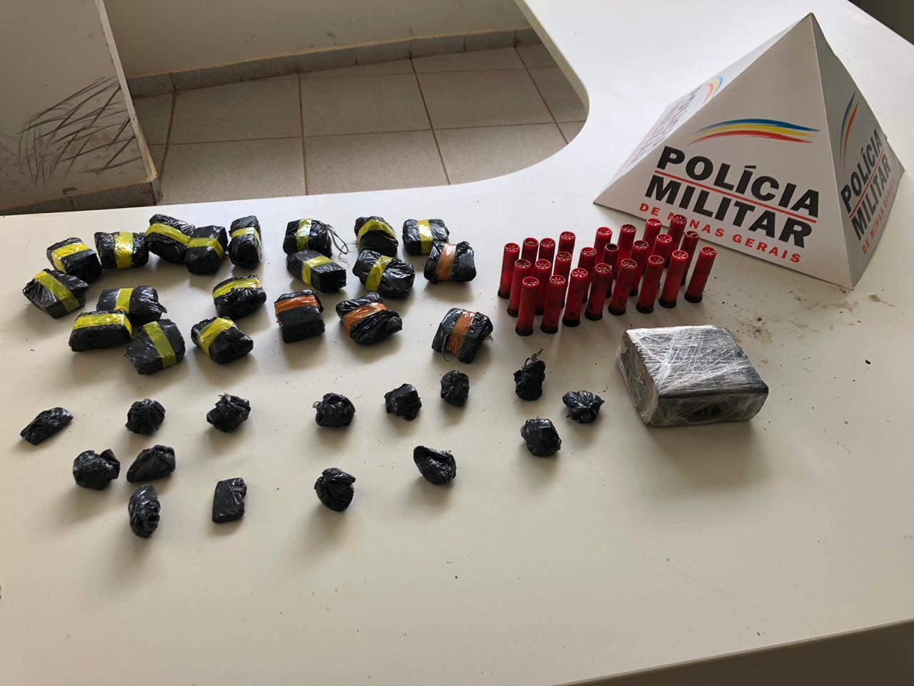 Polícia Militar apreende arma, drogas e munições em Vazante
