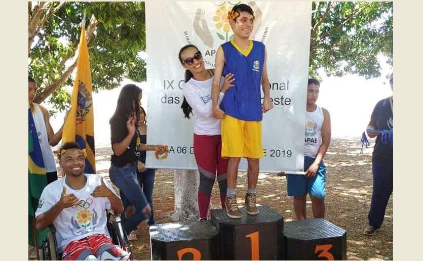 Alunos da APAE de Vazante conquistam 15 medalhas nas Olimpíadas Regionais