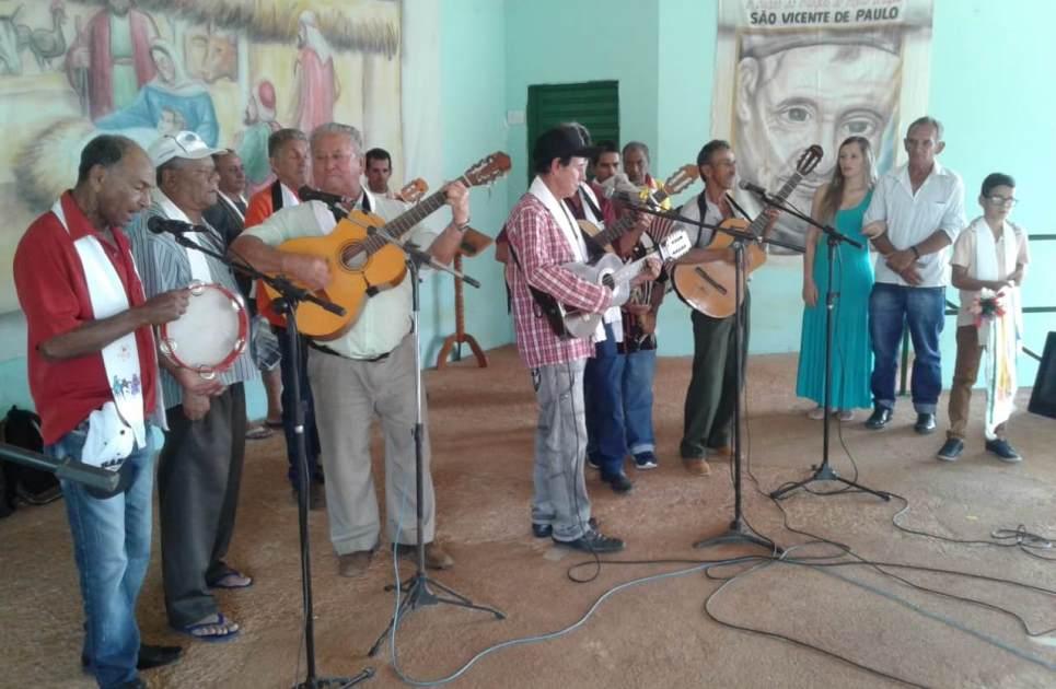 Campanha de Folias de Reis de Vazante arrecada mais de 24 mil reais
