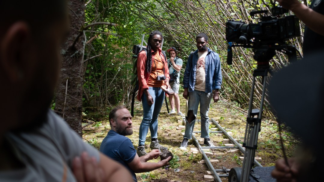 Director Deejuliano Scoot and crew on location filming Last Signs of June