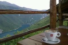 kafa s pogledom