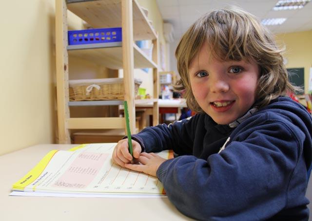 english montessori school bordeaux