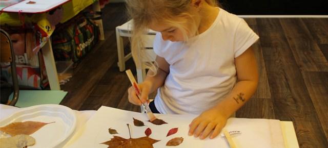 Ateliers créatifs sur l'automne à l'école Montessori