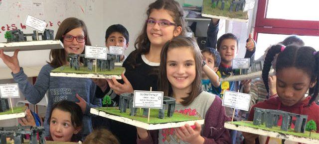 Art Montessori : Stonehenge