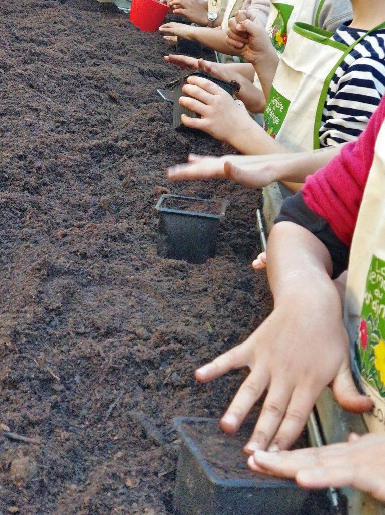 montessori international bordeaux jardinage 6