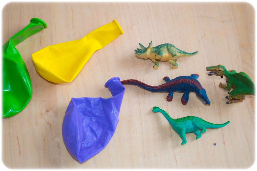 Frozen-Dinosaurs-Balloon-Eggs-Sensory-Play